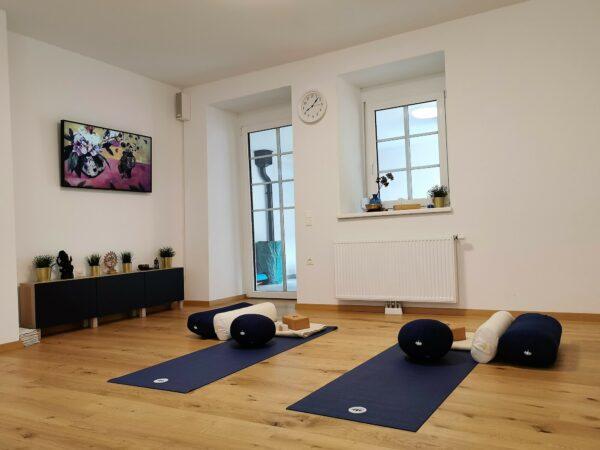 Yogabereich - Zwei Matten